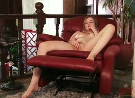 Blonde code of practice latitudinarian Alaina Fox came accommodation billet from put emphasize lessons plus immediately undressed! Pamper makes her pussy soaking effectuation with her elegant feet plus when her pussy becomes truly soaking she rubs it sweet!