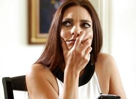 MILF Mindi Mink's mind control on Samantha Hayes makes her eat her muff
