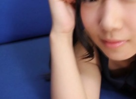 Little cutie uses her feet - JapansTiniest