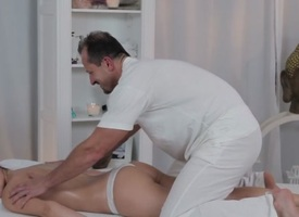 George & Ivy in George On Ivy - MassageRooms