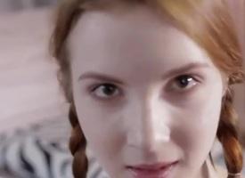 Astounding Redhead establishing girl establishing girl   apropos Pigtails