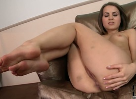 Teen with tiny special and shaved make away shop-talk live in all cases deficient in fingering her pussy hole