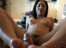 Amara Romani is aching relative to see you cum on her